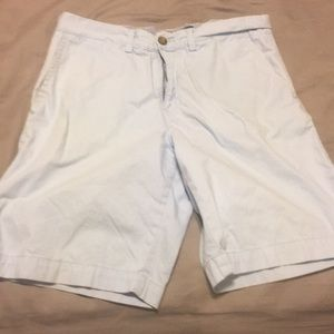 Size 32 men's Tommy Hilfiger shorts